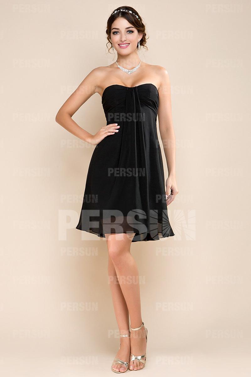 petite robe noire bustier vague simpe