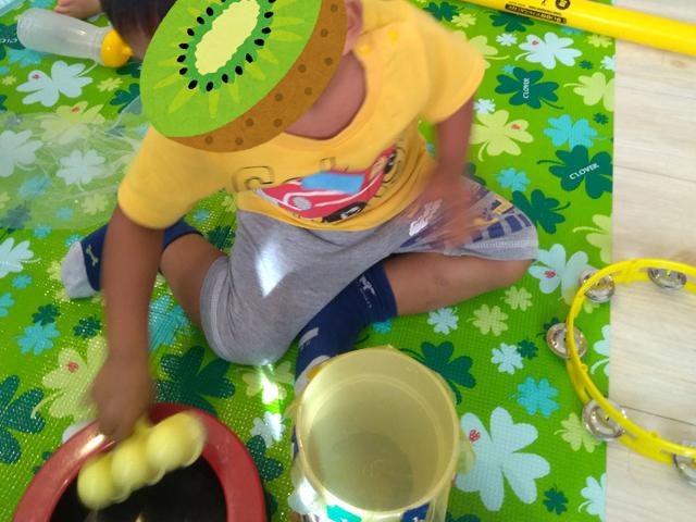 手作りのおもちゃも。夢中で遊んでいました