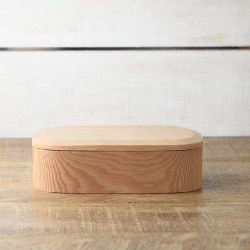 木の弁当箱