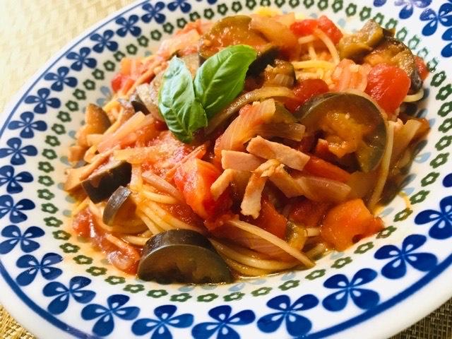 茄子のトマトソースパスタ完成写真