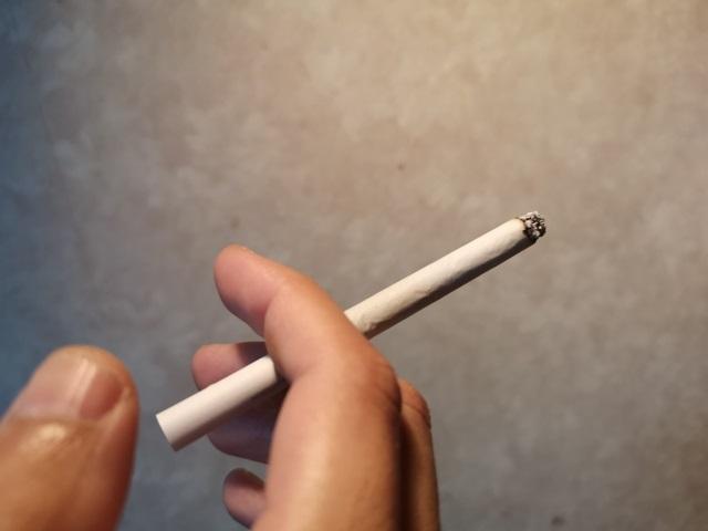喫煙イメージ写真