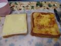 本日は甘~いフレンチトーストと甘くな~いチーズトーストの二刀流朝