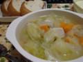鶏ガラだしのセロリと野菜のスープ