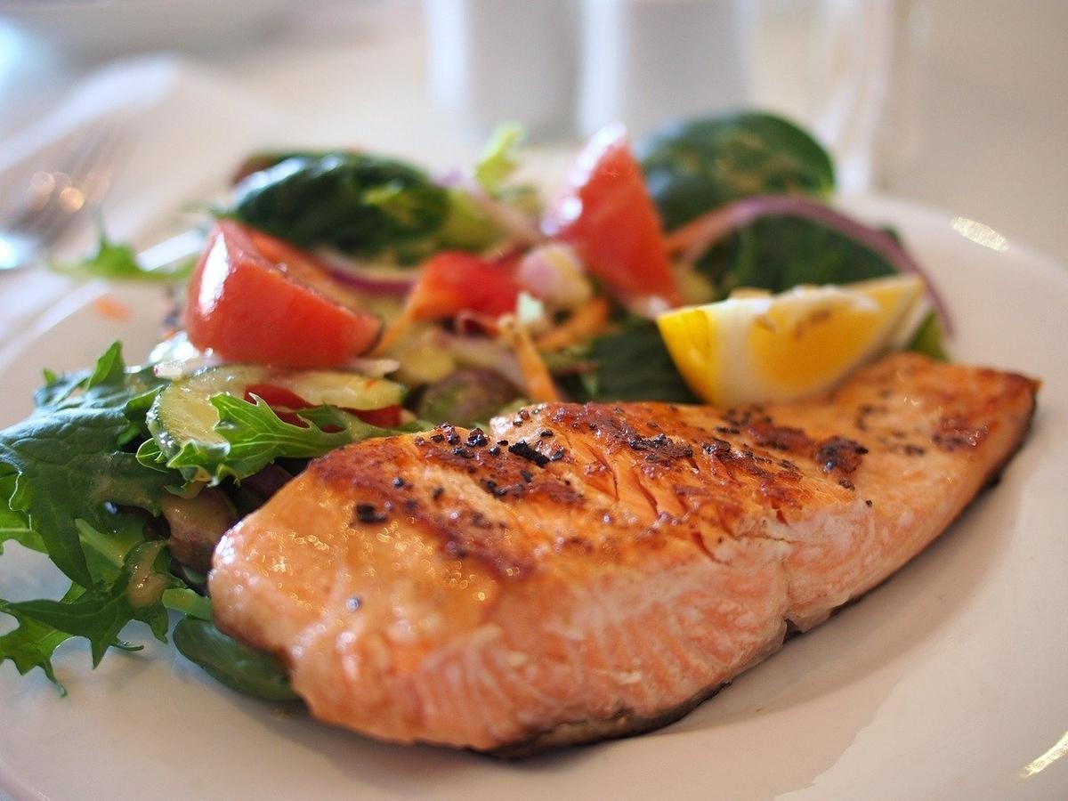 健康にいい 食事 共通点 条件 方法