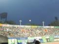 スタジアムに昇る満月。後半始まるときに撮った。