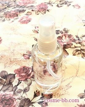 肌ラボ化粧水をスプレーボトルに詰め替え