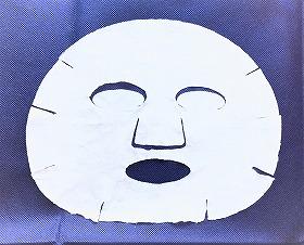 オールインワンシートマスクモイストEXのシートを広げた画像