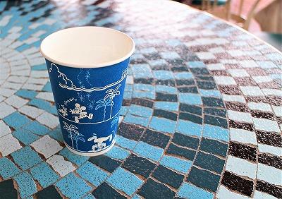 プラザパビリオン・レストランのミッキーマウスの紙コップ