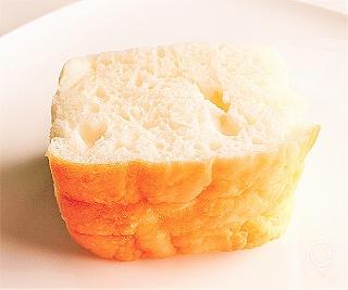 「お米で作った しかくいパン」上から見た写真