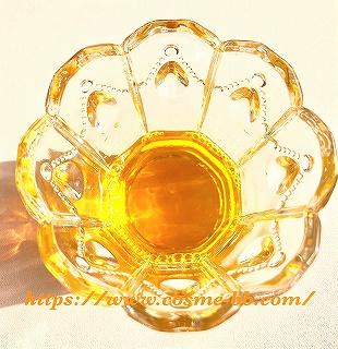 アトピスマイル入浴剤(薬用入浴液)の黄色い液