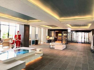 ダブルツリーbyヒルトン沖縄北谷リゾートホテルのロビー