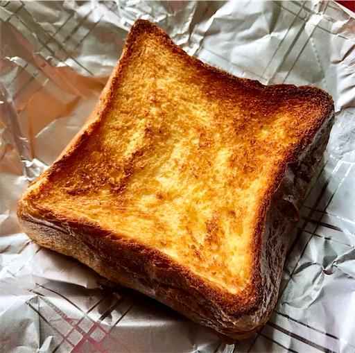 無印良品 厚切り食パンのフレンチトーストを焼く