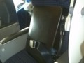 [twitter] シートに固定されて、シートベルトまでかけられる僕の鞄。シュール