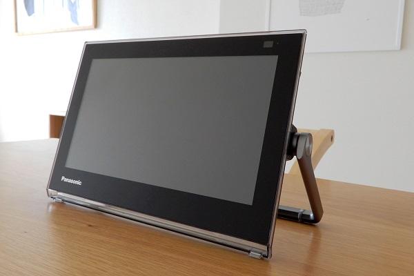 小さな1LDKにぴったりなプライベートビエラ10型TV
