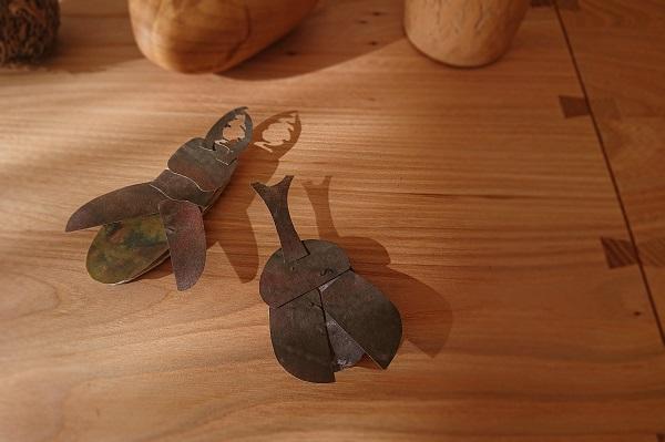 にじみ絵でカブトムシとクワガタムシ