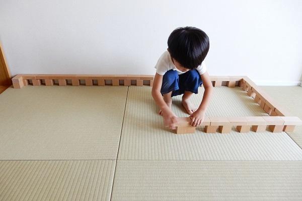 3歳の積み木遊び