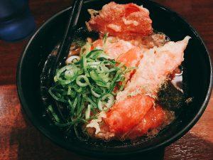 大阪 なんば 難波 食事 うどん 締め かすうどん かすや 有名 美味しい お店