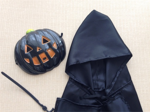 ハロウィン 手作り 衣装 黒マント サテン 簡単