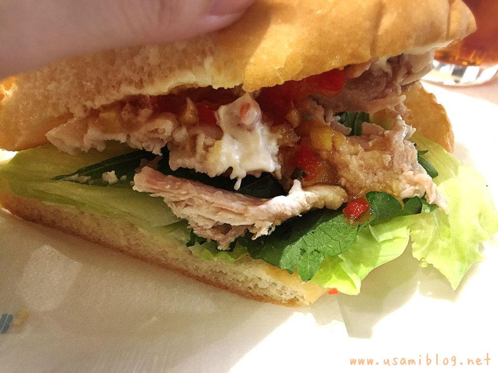 ドトール黒豚と夏野菜ソース