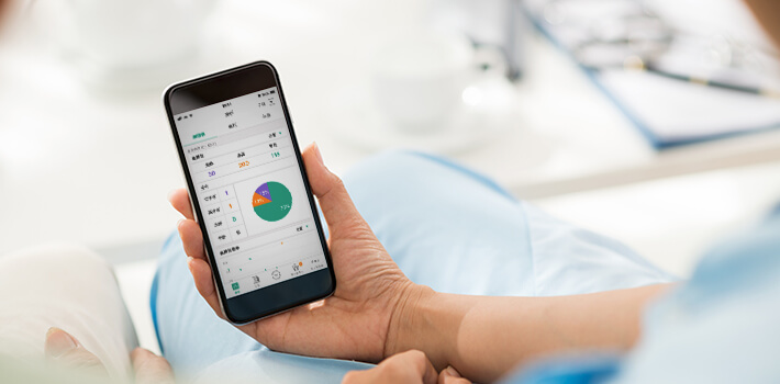 アプリで健康管理のイメージ