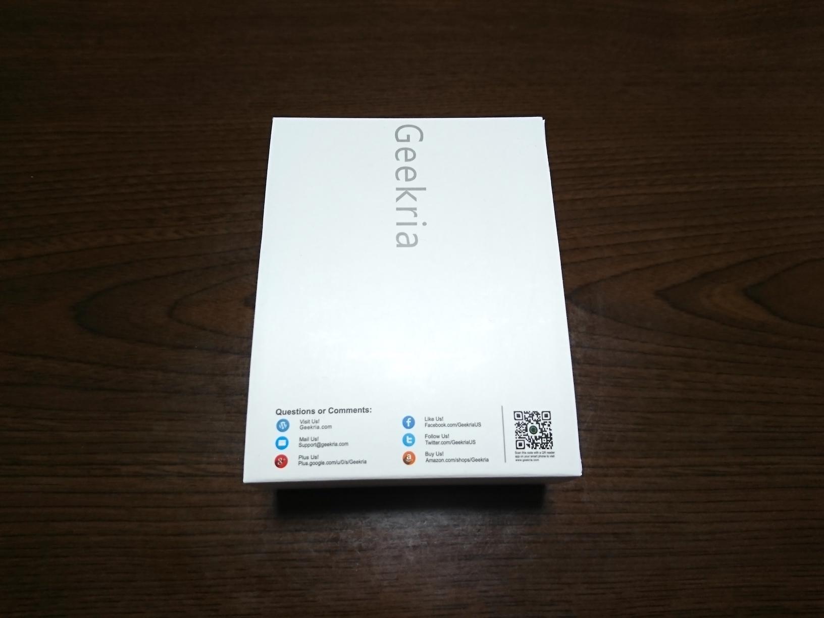 Geekria製イヤーパッドのパッケージ(正面)