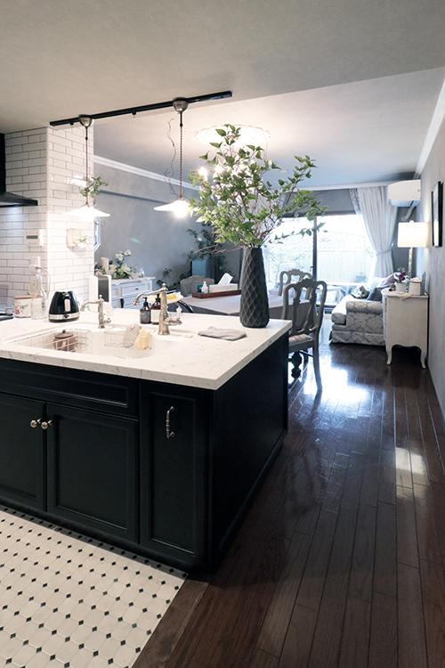 オーダーキッチン|黒いオーダーキッチン|シーザーストーン5143