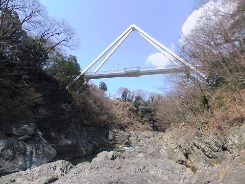 k39橋見上げ