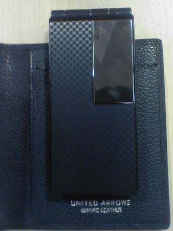 富士通携帯電話 UNITED ARROWS スペシャルモデル