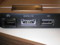 Vostro V13 のLAN, eSATA, USB端子は、背面配置。