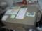 Vostro V13 の箱は、大きいが、薄くて、取っ手も付いているので、扱いや