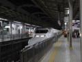 JR新大阪駅に入線する700系のぞみ之圖