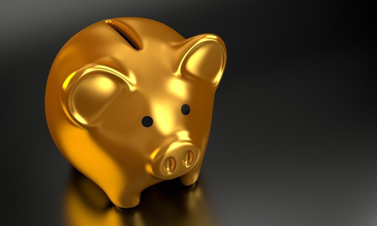 金のブタの貯金箱