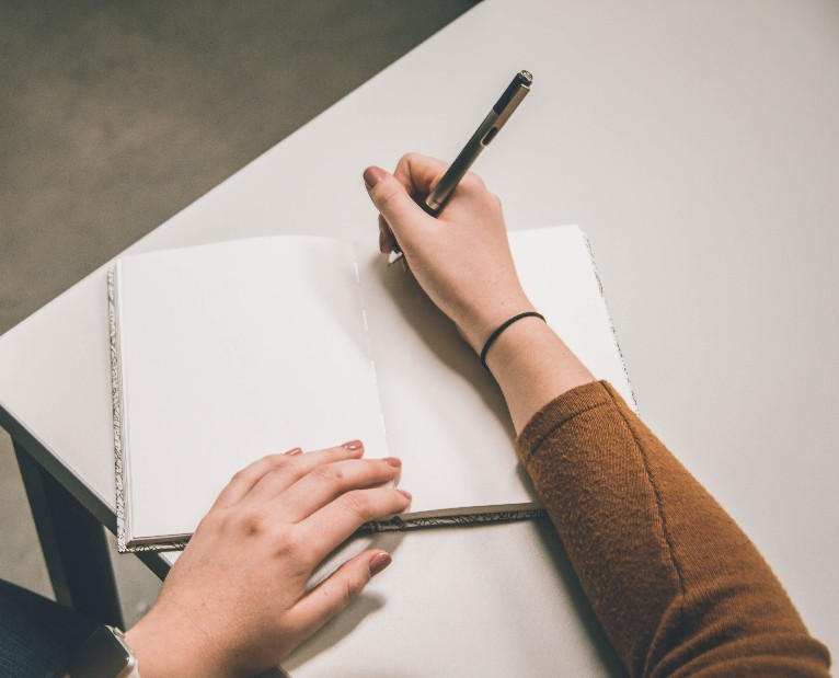 紙とペンがあれば○