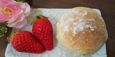 春咲く*いちごミルクパン*