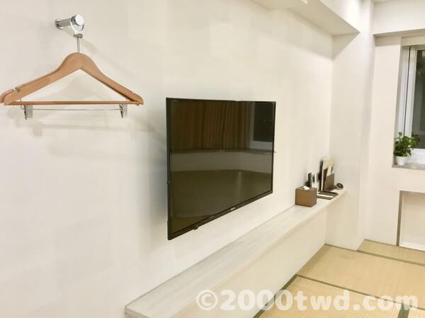 シンプルな室内