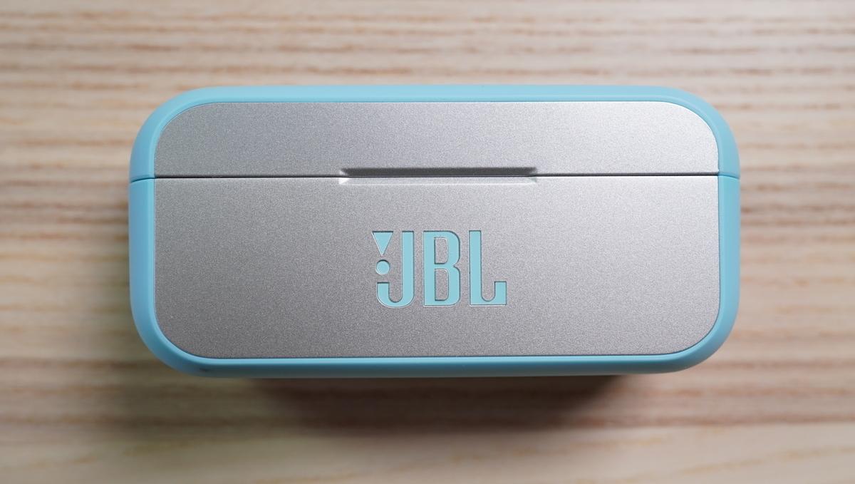 JBLイヤホンケース