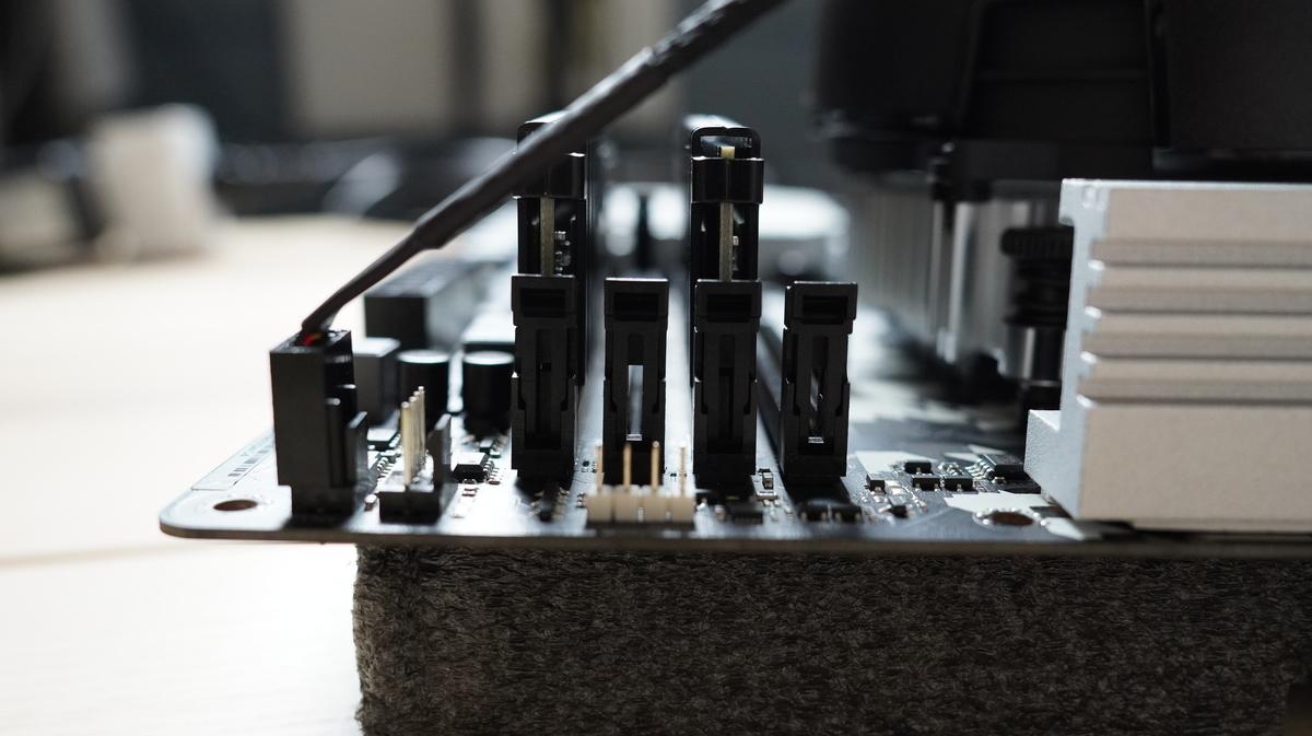 CORSAIR DDR4 2666  8*2 16G