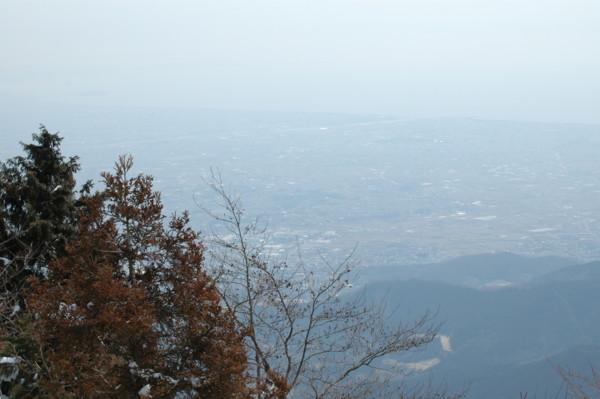 山頂から見た相模湾方面