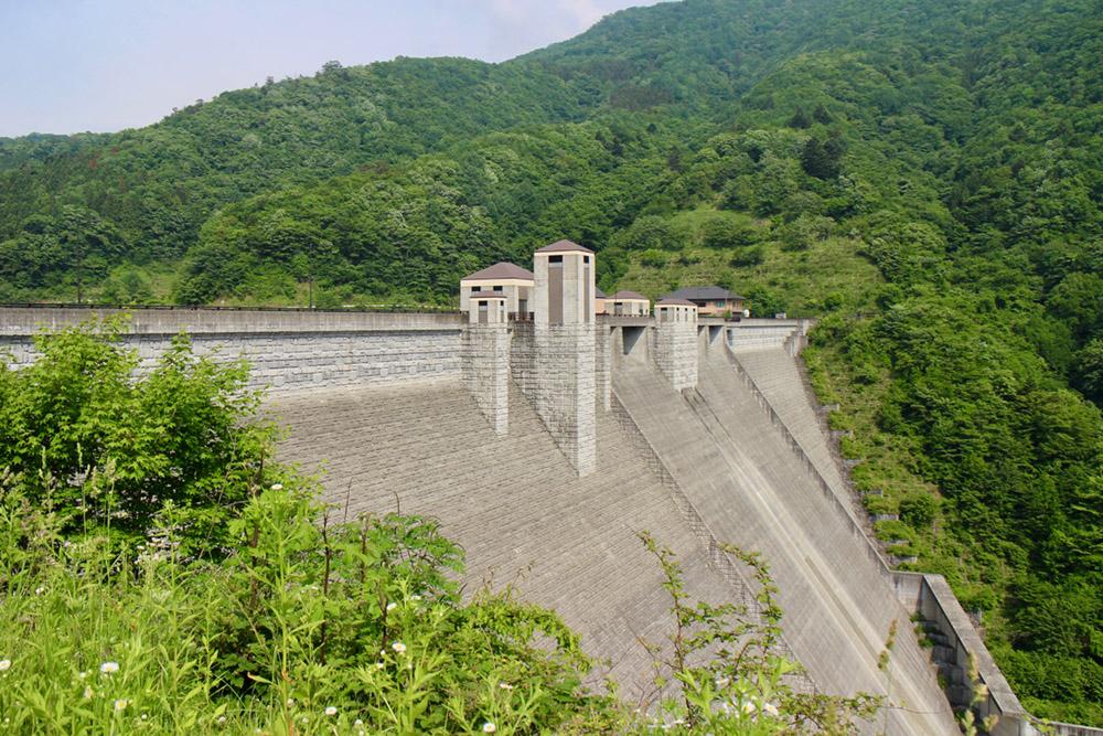 イメージ:四万川ダム
