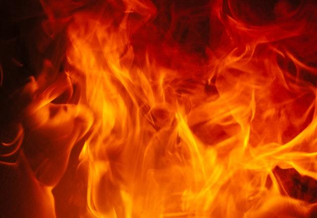タッグデュエルは2対2の熱いバトル。炎のように燃え上がれ!