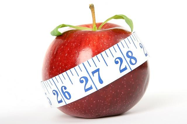 過剰なダイエットは健康のリスクにつながりかねない