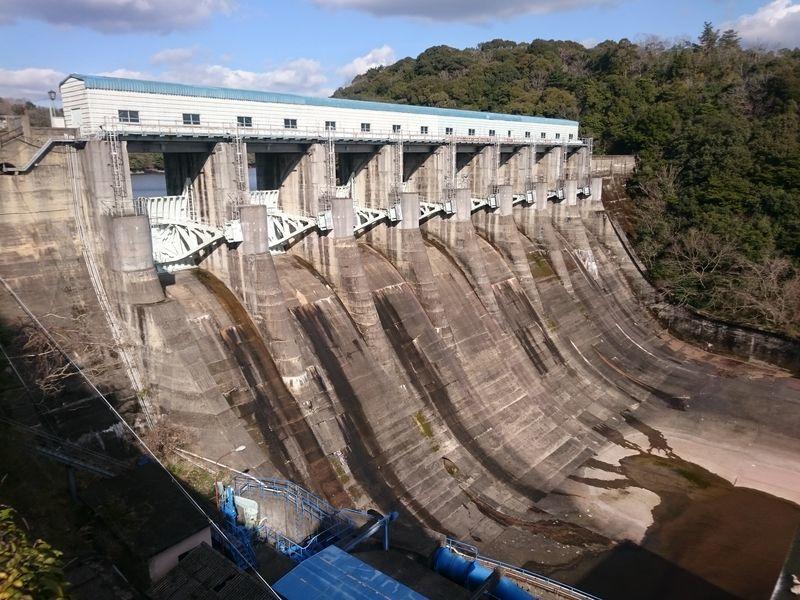厚東川ダムゲート