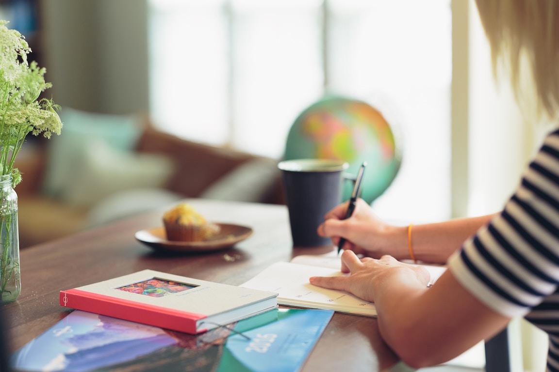 早朝勉強は静かで集中できる。