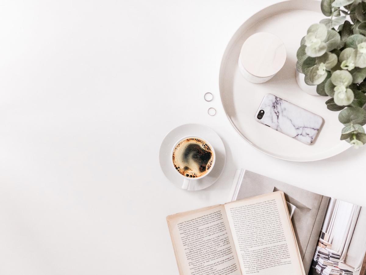 小説や趣味の本はプライベートにゆっくりと。