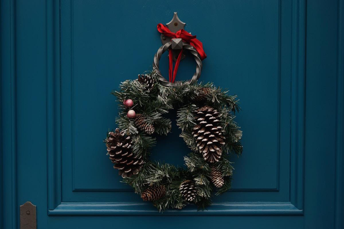 リースが出てくるとクリスマスを感じます。
