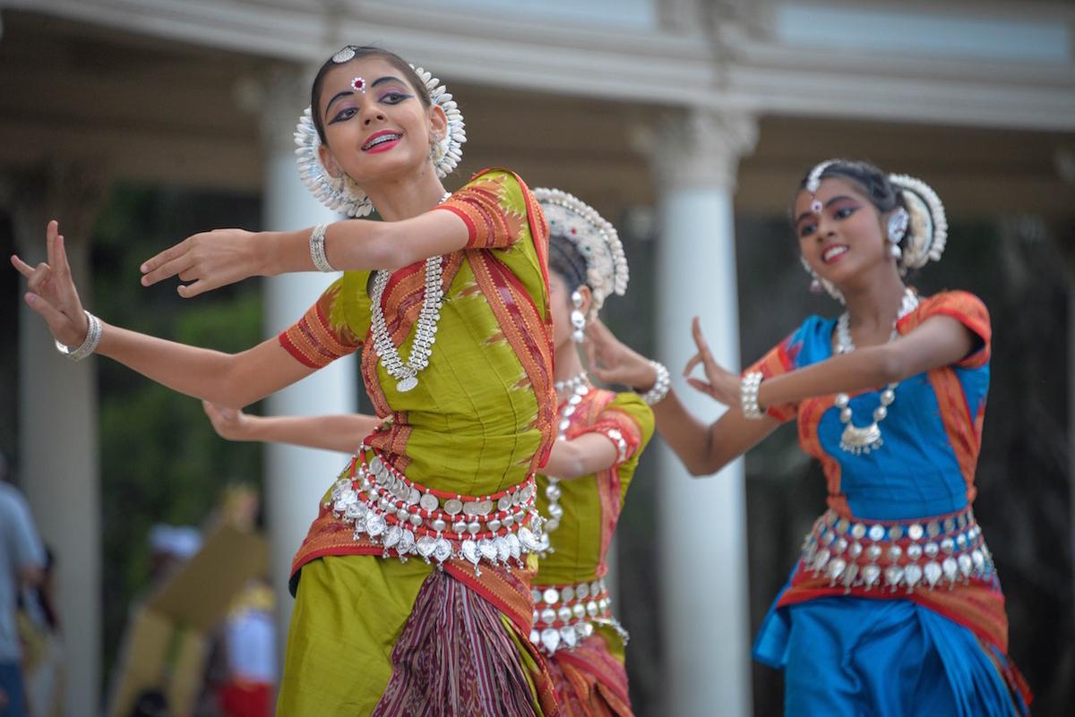 インド映画といえば踊りもあります。