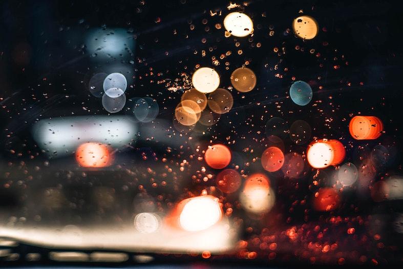 雨の音が集中力を高めます。