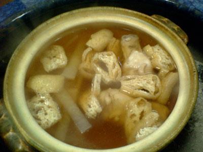 鶏と大根、油揚げの鍋