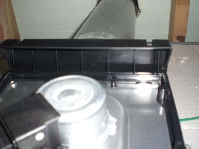 換気扇設置後に点検口から確認