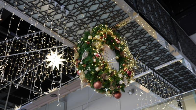 街で見かけるクリスマスリース